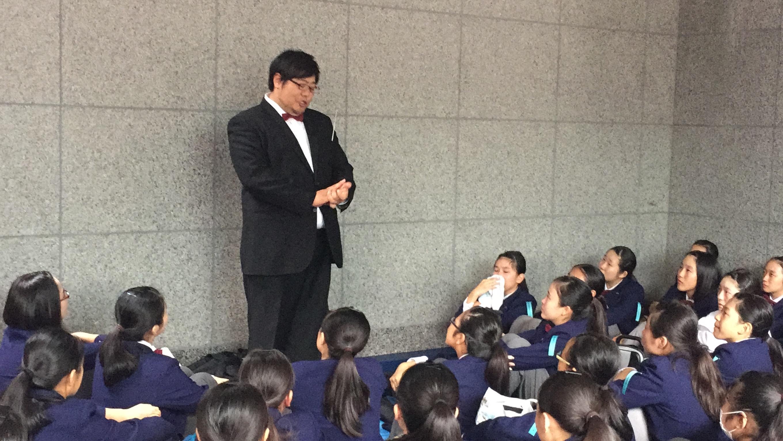 川口市立青木中学校の悔し涙がもれるミーティング風景